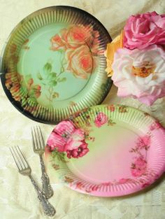 Victorian China Paper Plates are great for showers, receptions and entertainment. - wedding accessories - wedding reception decorations