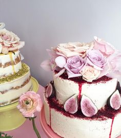 rose and fig topped wedding cake by Auckland baker The Caker