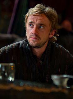Tom Felton, Perfect Guy, Harry Potter Memes, Draco Malfoy, Jon Snow, Hogwarts, Bb, Toms, King
