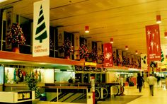 This is what Dublin Airport looked like at Christmas in the 1980s. Take a #DUBXmas snap this year, post it on Twitter or Instagram and be in with a chance of winning shopping vouchers from The Loop. http://www.dublinairport.com/gns/at-the-airport/latest-news/12-12-11/Christmas_Twitter_Instagram_Photo_Competition.aspx