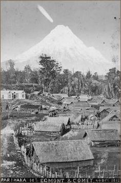 Parihaka 1882 and comet Orongomai Nz History, Family History, Polynesian People, Maori People, Maori Art, Kiwiana, Local Attractions, Places Of Interest, First Nations