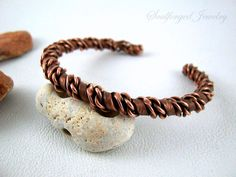 Hammered, twisted and oxidised unisex pure copper wire cuff bracelet, handmade by SoulforgedJewelry on Etsy