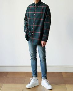 Fashion street style boy 30 Ideas for 2019 Mode Outfits, Retro Outfits, Grunge Outfits, Casual Outfits, Fashion Outfits, Fashion Shirts, Fashion Ideas, Fashion Fashion, Fashion Clothes