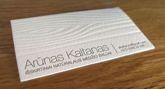 Business card with wooden texture | ELEGANTE PRESS