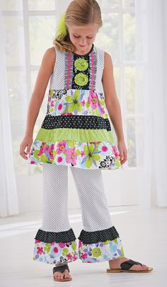 From CWDkids: Mixed Print Tunic & Capris Set.