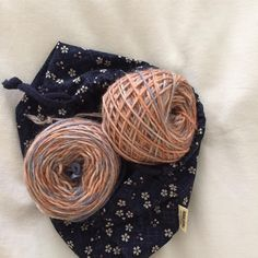 #selfishknitting ready to start #yarncakes of #handdyed #yarn from #nabiwoolstudio for a new hat for me! #testknit #hatknitting #strikkedilla #strikke #stricken #tricot #tejido #lavoroamaglia #knittersofinstagram #fernsinaforesthat