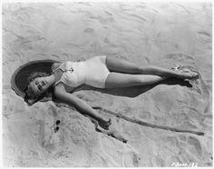 Betty Grable #vintage #beach