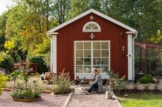 Country Life, Country Style, A Frame House, Liv, She Sheds, Design Consultant, My Dream Home, Tiny House, Barn Kitchen