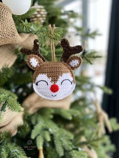 Rudolph Ornament - Free Crochet Pattern from Spin a Yarn Crochet Christmas Crochet Patterns, Crochet Christmas Ornaments, Holiday Crochet, Christmas Crafts, Crochet Snowflakes, Christmas Angels, Christmas Christmas, Crochet Yarn, Crochet Toys