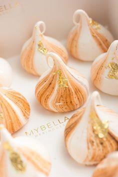 Mybella Meringues | Gold leaf meringue kisses. Wedding dessert, christenings and luxury birthdays. Beautiful desserts for any elegant celebration.