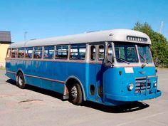 Vi kan tilby veteranbuss med sjåfør for å frakte ditt selskap innen Oslo-området. En spesiell anledning kan få en historisk dimensjon.