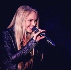 Danielle Bradbery Danielle Bradberry, Country Artists, Her Music, Olympics, Singer, Face, Beauty, Beautiful, Singers