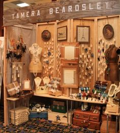 Craft show booth display take a lot of planning & creativity and trial & error. When I started to doing craft shows my display was flat,. Craft Show Booths, Craft Booth Displays, Display Ideas, Booth Ideas, Booth Decor, Flea Market Displays, Flea Market Booth, Flea Markets, Vintage Display