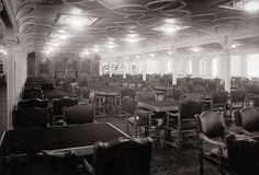 Solid-Faced Canvas Print Wall Art Print entitled RMS Titanic: Class Dining Saloon on D-Deck, 1912 Rms Titanic, Titanic Real, Titanic Photos, Titanic History, Titanic Ship, Titanic Sinking, Titanic Movie, Haunted Pictures, Creepy Pictures