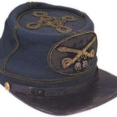 The gold braid quatrefoil and large embroidered crossed sabers insignia indicate that this was a privately purchased chasseur-style kepi for a cavalry officer Confederate States Of America, Confederate Flag, American Civil War, American History, Civil War Photos, Us History, Military History, Civilization, Fort Smith