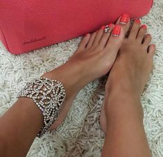 Middle eastern womens feet pics images 867