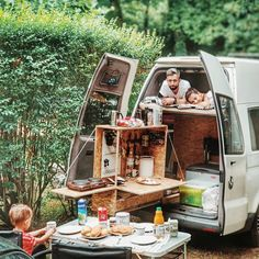 Dreams are made of kitchens like these. Stellar work by and perfect for those backyard picnics. We'll be over in a jiffy. Minivan Camping, Camping Life, Rv Life, Airstream Interior, Vintage Airstream, Campervan Interior, Van Dwelling, Bus Living, Backyard Picnic
