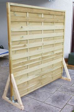Screen Protector Screen Garden Balcony Build Yourself Instructions DIY finished without paint - Sarah - Paravent garten - Design RatBalcony Plants tan Furniture Balcony Privacy Screen, Garden Privacy, Outdoor Privacy, Balcony Planters, Pallet Fence, Diy Pallet, Ideias Diy, Pallets Garden, Diy Garden Decor