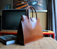 Hand Stitched Leather Tote / Doctor Bag / Lady by sunmarkstudio