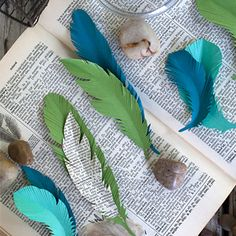 How To Make Paper Feathers BY MARTHA BONNEAU
