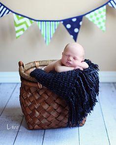 20 Beautiful Newborns in Baskets
