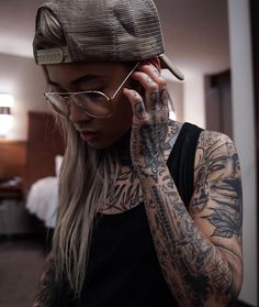 Tattoed Girls, Self Acceptance, Baby Animals, Swag, Dreadlocks, Tattoo, Hair Styles, Life, Beauty