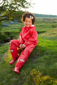 Keep your kids dry while out and about with our PU rain sets. Kids Up, Plastic Pants, Rain Gear, Latex, Rain Jacket, Windbreaker, Leather Jacket, Boots, How To Wear