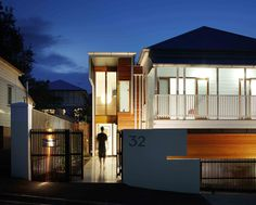Byram House A contemporary addition to a traditional Brisbane workers cottage flawlessly merges two epochs of architecture and encapsulates two distinct personalities. Architect Clinton Cole, founding director of CplusC and Light Home Design Ambassador, explains.