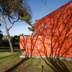 Eduardo Souto de Moura, Paula Rego Museum - Casa das Histórias, Cascais, Portugal