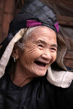 Old Lady, Guizhou, China Love these smile lines!!