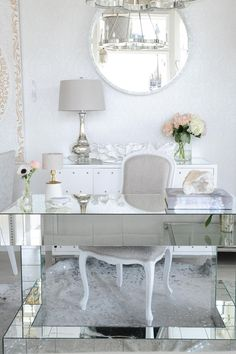 Office Details  | Design By: Peridot Decorative Homewear | Photography By: Tracey Ayton