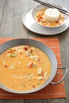 Cheeseburger Chowder, Spaghetti, Curry, Soup, Ethnic Recipes, Kitchens, Curries, Soups, Noodle