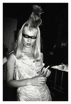 Kate Moss - Paris - 1996 © Roxanne LOWIT