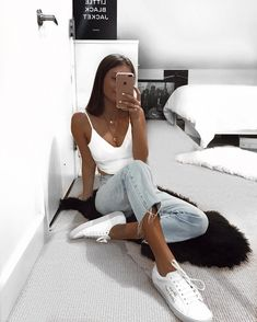 clothes for women,womens clothing,womens fashion,womans clothes outfits Looks Style, Looks Cool, My Style, Mode Outfits, Trendy Outfits, Fashion Outfits, Fashion Clothes, Simple Outfits For Teens, Classy Outfits