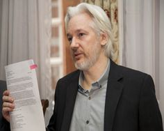 US Elections 2016: WikiLeaks, Assange Helping Trump Win? - http://www.morningledger.com/us-elections-2016-wikileaks-assange-helping-trump-win/13108331/
