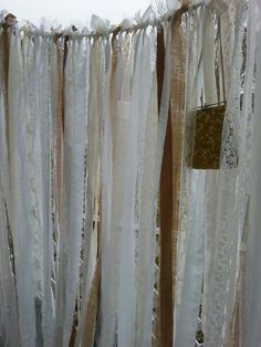Rustic Romantic White & Burlap Garland ~ Shabby Fabric and Vintage Lace Wedding Banner / Streamers ~ 6' x 6' Backdrop Photo Booth Vtg Purse