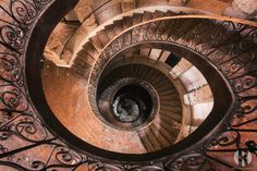 https://flic.kr/p/Nhew5J | The Way down. | This is a photo of a staircase in the same castle I posted yesterday. It's not the exact same staircase. The one in this photo is the placed in the central of the building.  This beautiful abandoned castle has been built in the 17th century. It's actually been built on a medieval fortification. The castle has had several purposes. Children used to celebrate holidays here, it's been a spa and even a center for drug addicts. Tens of years ago it…