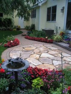 Natural stone patio - combination of materials in the walkway and patio. Backyard Fireplace, Backyard Patio, Backyard Landscaping, Backyard Seating, Patio Design, Garden Design, Flagstone Patio, Patio Stone, Stone Patios