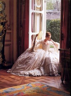 Tilda Swinton, Orlando ~ Costumes by Sandy Powell; Photographed by Karl Lagerfeld for Vogue, July The costumes of Orlando are breathtaking. Tilda Swinton, Historical Costume, Historical Clothing, Sandy Powell, Princess Aesthetic, 18th Century Fashion, 18th Century Dress, Vogue Us, Vogue Photo