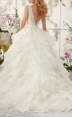 Sexy V Neck Ruffles Organza Wedding Dresses for Bride Gown