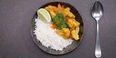 Dahl de lentilles corail, chou-fleur et carottes | Carrefour Le Curry, Grains, Rice, Food, Carrots, Sprouts, Bon Appetit, Dish, Birthdays