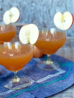 Apple Orchard Cocktail | Camille Styles     2 ounce apple juice  1 ounce apple brandy (like Calvados)  1 ounce ginger ale  1 thin slice from a small apple or crabapple, seeds removed