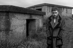 James McAvoy pour la campagne Prada homme automne-hiver 2014-2015 par Annie Leibovitz