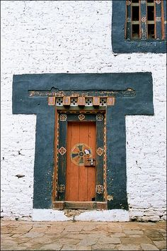 ♅ Detailed Doors to Drool Over ♅  art photographs of door knockers, hardware & portals - Bhutan decorated door