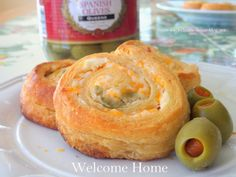 Welcome Home Blog: Olive Cheddar Pinwheels