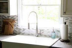 Coastal Inspired DIY Tile Backsplash Tutorial (anyone can do! Remove Tile Backsplash, Kitchen Backsplash, Backsplash Ideas, Vinyl Wood Planks, Vinyl Flooring, Brick Design, Tile Design, Porcelain Wood Tile, Farmhouse Flooring