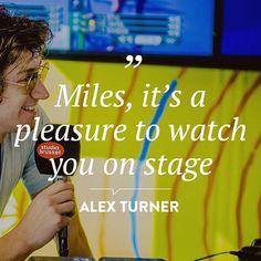 _milex_/2016/11/23 18:11:13/I'm listening to humbug Nice I'm so tired I wanna go home #alexturner #thelastshadowpuppets #arcticmonkeys #thedeathramps #eycte #everythingyouvecometoexpect #love #tlsp #eycteprincess #mileskane #milex #husbeans