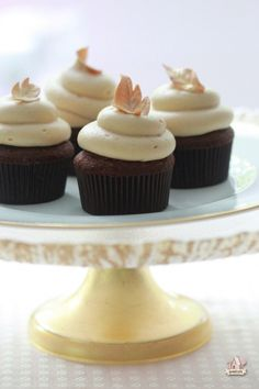 Chocolate Caramel Cupcakes from @Sweetopia
