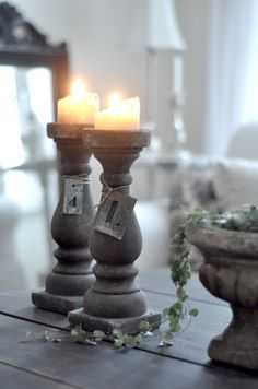 Vintage chic: Lysestaker i betong/ cool candle holders