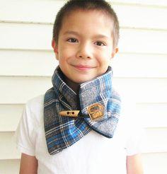 Boys wool scarf-Kid's cowl scarf- plaid scarf-Boys neck warmer-Men's scarf-fleece lined.
